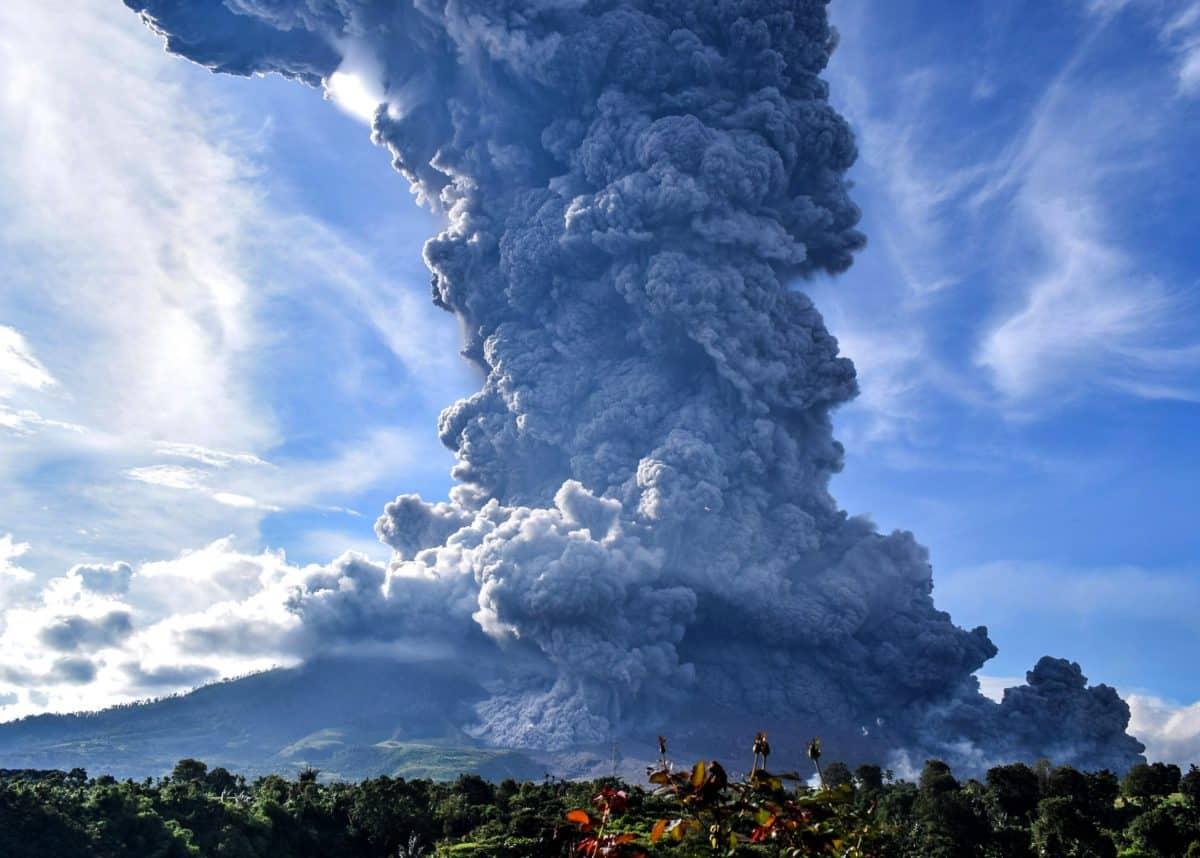 Sinabung volcano eruption